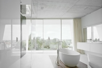 19-White-modern-bathroom-design